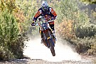 Em estágio encurtado, Price assume liderança nas motos