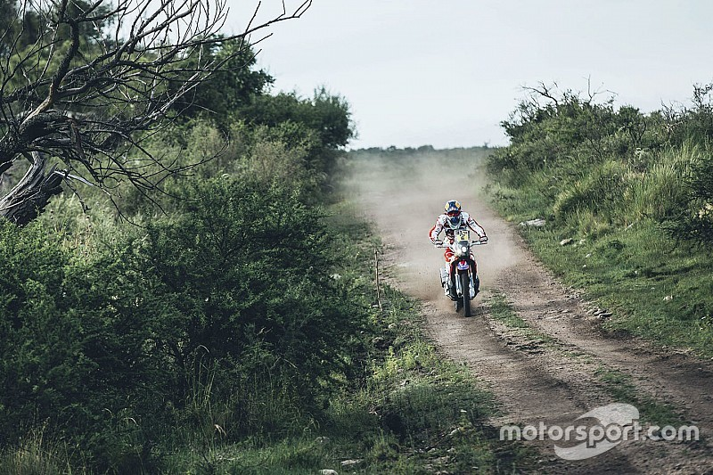 Punição tira liderança de Barreda nas motos