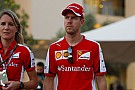 Vettel pide calma y desentona con Ferrari