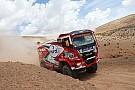Stacey vence e lidera competição de caminhões