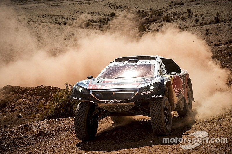 "Dakar, Sainz: ""Complicato fare da apripista"""
