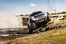 Detienen a los coches en el Dakar