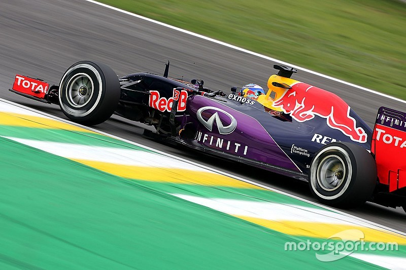 Red Bull обещаны такие же моторы, что и у заводской Renault