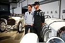 Mercedes geeft coureurs meer vrijheid om tegen elkaar te racen