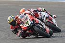 Aragon WSBK: Davies domineert race 1, Van der Mark valt