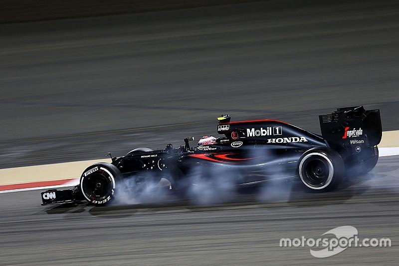 Button escuchó un ruido raro en su motor el sábado