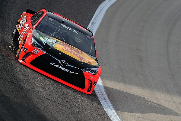 Texas-Auftakt: Truex schneller als Top-Favorit Johnson