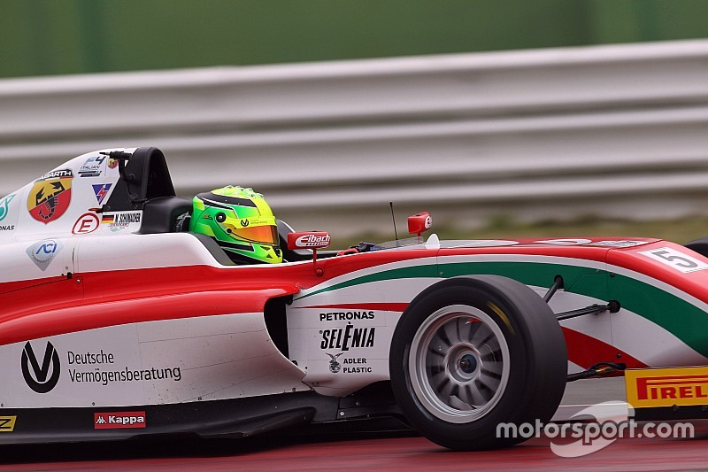 Mick Schumacher wins on Italian F4 debut