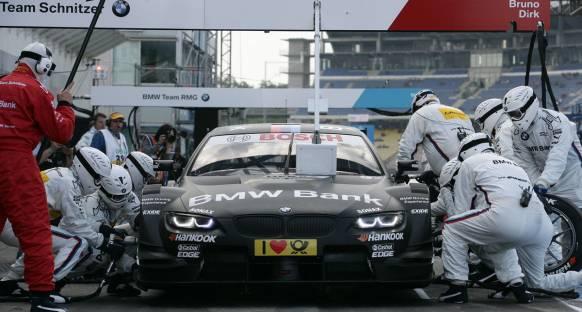 BMW, DTM'in ikinci ayağı Lausitz'de pole'e uzandı