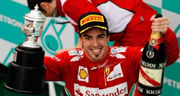Sürprizlerle dolu Malezya GP'de zafer Alonso'nun