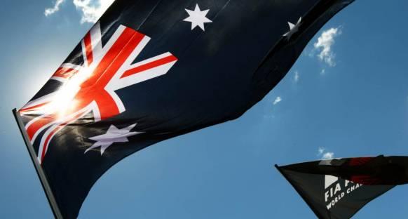 Ecclestone Avustralya'daki belirsizliğin bitmesini istiyor