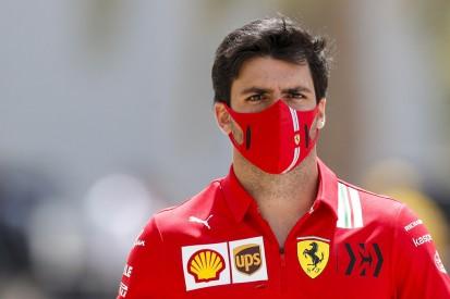 Carlos Sainz: Ferrari war mit vielen Fabrikbesuchen überfordert