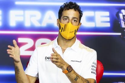"Daniel Ricciardo freut sich auf drei Wochen Action: ""Ich liebe Tripleheader"""
