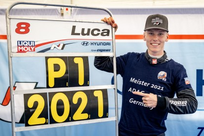 Luca Engstler: Der Meister der TCR Germany im Porträt