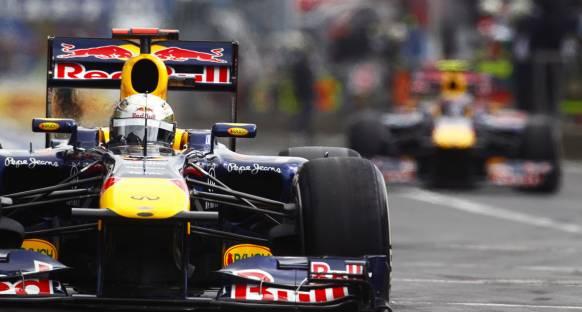 Vettel: Şampiyonluk RBR şasisi ve Renault motoruna bağlı