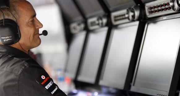 McLaren Vettel'in şampiyonluğunu erteleme peşinde