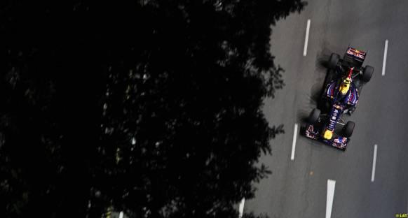 Singapur Grand Prix 2011 Cumartesi antrenmanları - Webber az farkla önde