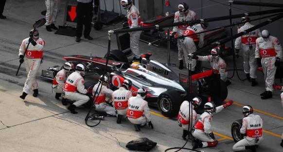 McLaren Çin için iki pit stop planlamış