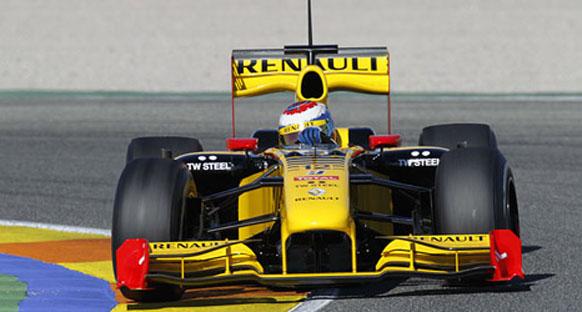 Renault, Petrov'un performansından mutlu