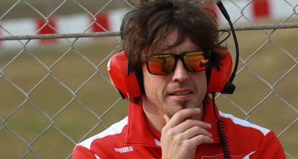 Alonso Ferrari'nin gelişimini övdü