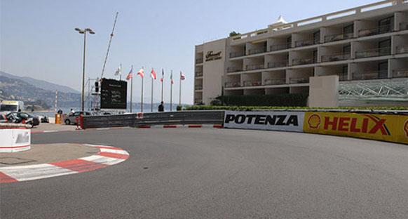 FIA Monako'da iki şikanın bordürlerinin yükseltti