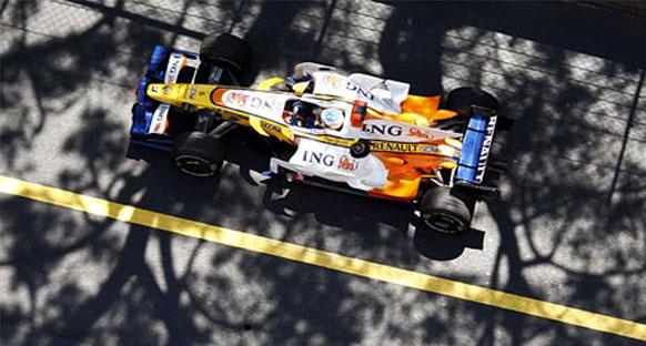 Yarış hakemleri Alonso'ya ceza vermedi