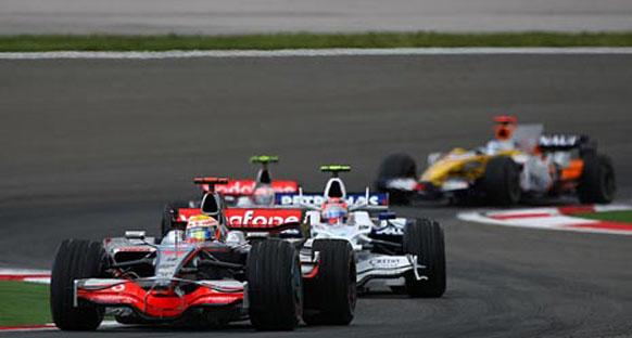 'Lastik endişesi Hamilton'ın sürüş tekniğinden kaynaklanıyor'