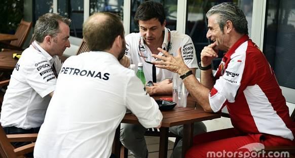 F1 üreticileri Ecclestone'un 'kartel' iddialarına karşı çıktılar