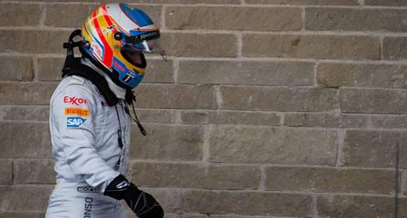 McLaren, Alonso'nun Motorunu İnceliyor