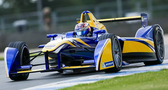 Buemi'den Formula E testinde pist rekoru geldi