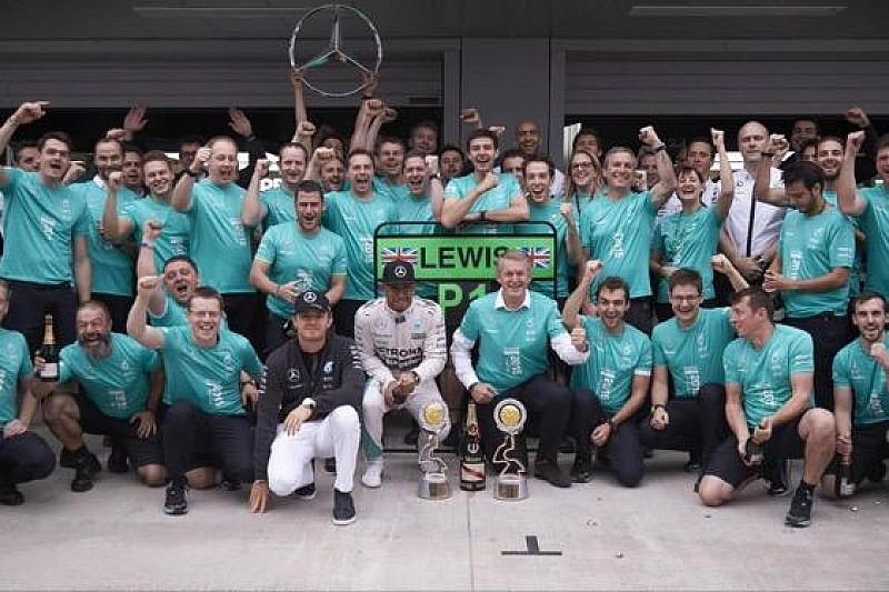 Райкконен покараний, Mercedes - чемпіони