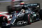 Hamilton critica pneus sem aderência: