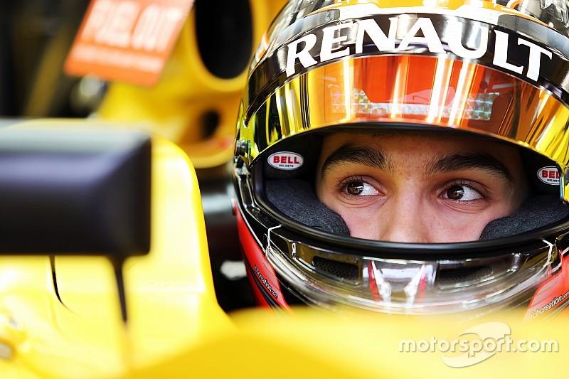 Renault-reservecoureur Ocon rijdt training in Spanje