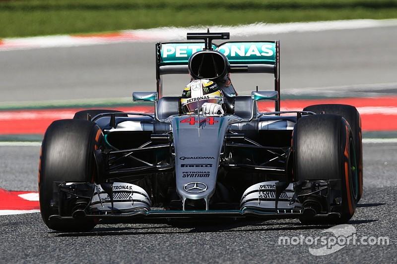 В Mercedes удивлены отставанием Ferrari и скоростью Red Bull