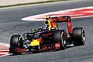 Verstappen begint aan testdag met Red Bull RB12