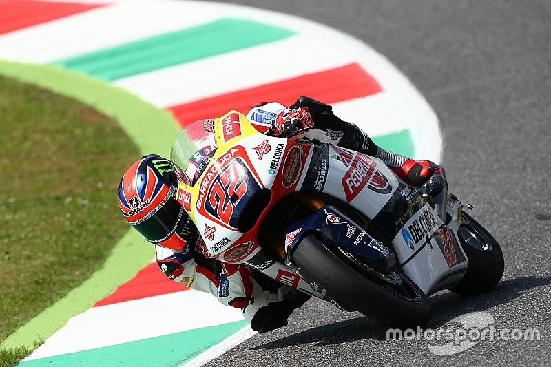 Sam Lowes regala al team Gresini la pole di Moto2 al Mugello