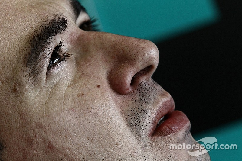 Ramos e Rodriguez regalano il trionfo al team BMW Team Teo Martin in Gara 1