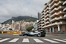 Hamilton lidera unos accidentados libres 1 en Mónaco