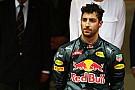 """Horner: """"Banden van Ricciardo stonden helemaal achterin de garage"""""""