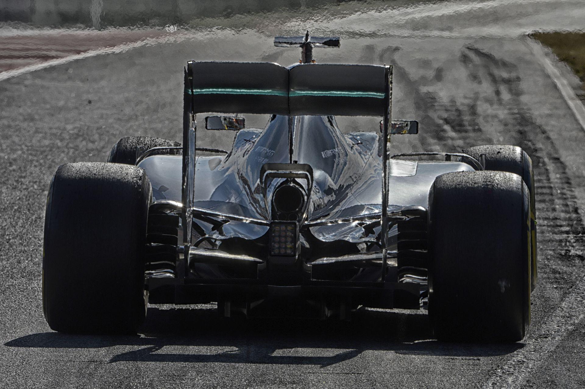 Fájdalmas sorozatok szakadtak meg a Mercedes számára: Rosberg is búcsút inthet a rekordnak