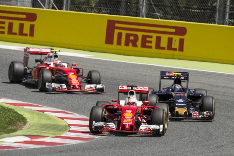 Villeneuve: A Forma-1 nem a sok előzéstől lesz jó!