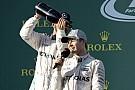 Hamilton beoltotta Rosberget: 5 győzelem semmi két év alatt!