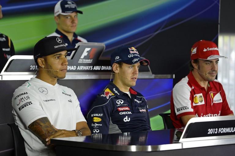 """Hamilton: """"Lehetetlen megmondani, hogy Alonso, vagy Vettel lenne a jobb a Ferrariban"""""""