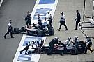 Videón Button centizése a McLarennel Kínában: újabb parádés jelenet