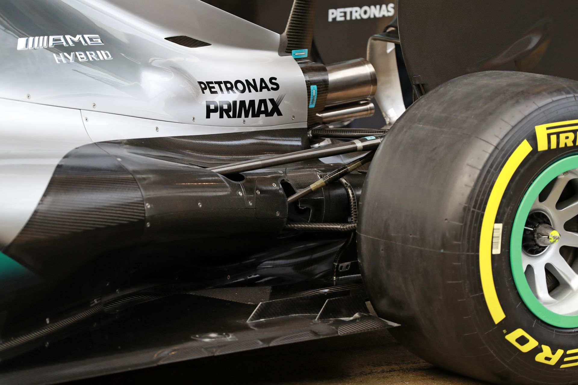 Az időhiány nem teszi lehetővé, hogy a Mercedes feltegye a leglágyabb gumikat