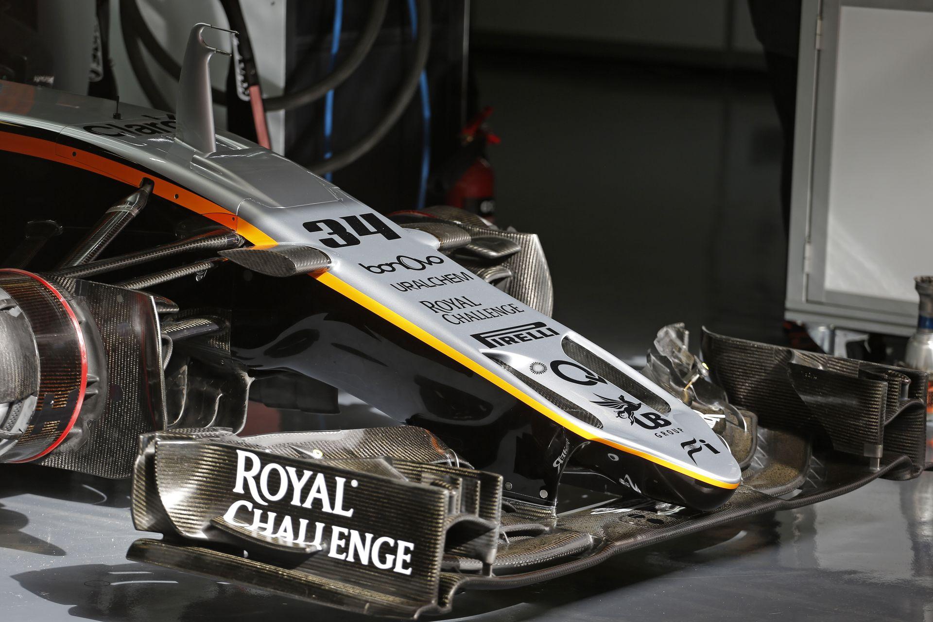 563 kilométert tesztelt ma a Force India Barcelonában