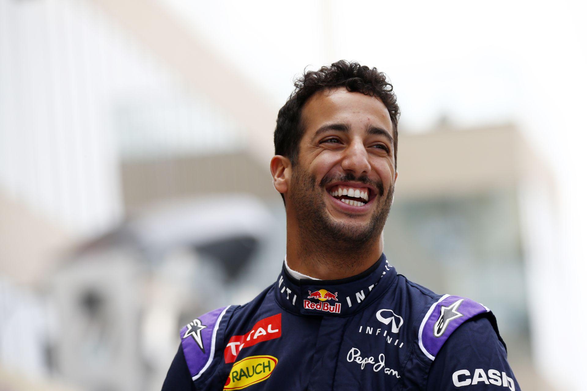 Ricciardo szerint a Mercedes idén is tarolni fog, és max pár versenyt nem fognak megnyerni