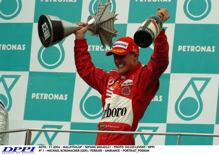 Schumacher-és Ferrari-győzelem ezen a napon a Forma-1-ben: 2004