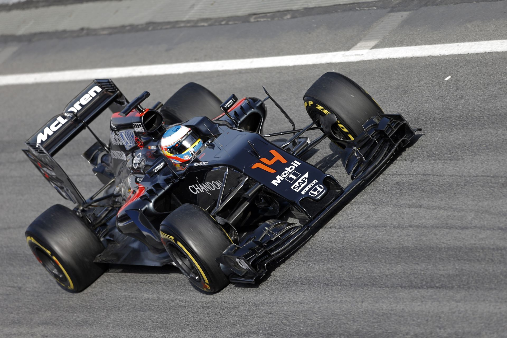McLaren Vs. Red Bull Vs. Ferrari Vs. Mercedes: Videós összehasonlítás