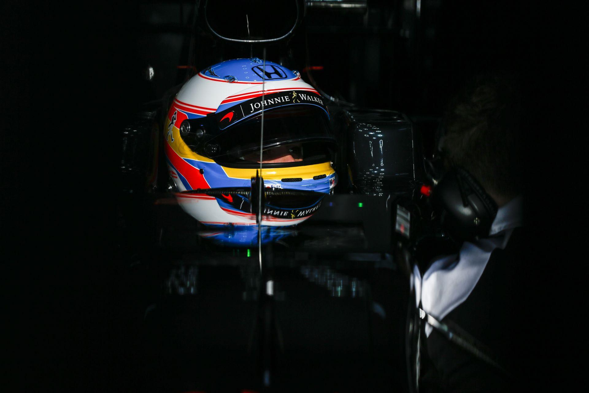 Csalódás és fejlődés egyszerre volt a McLarennél, mondja Alonso és a Honda